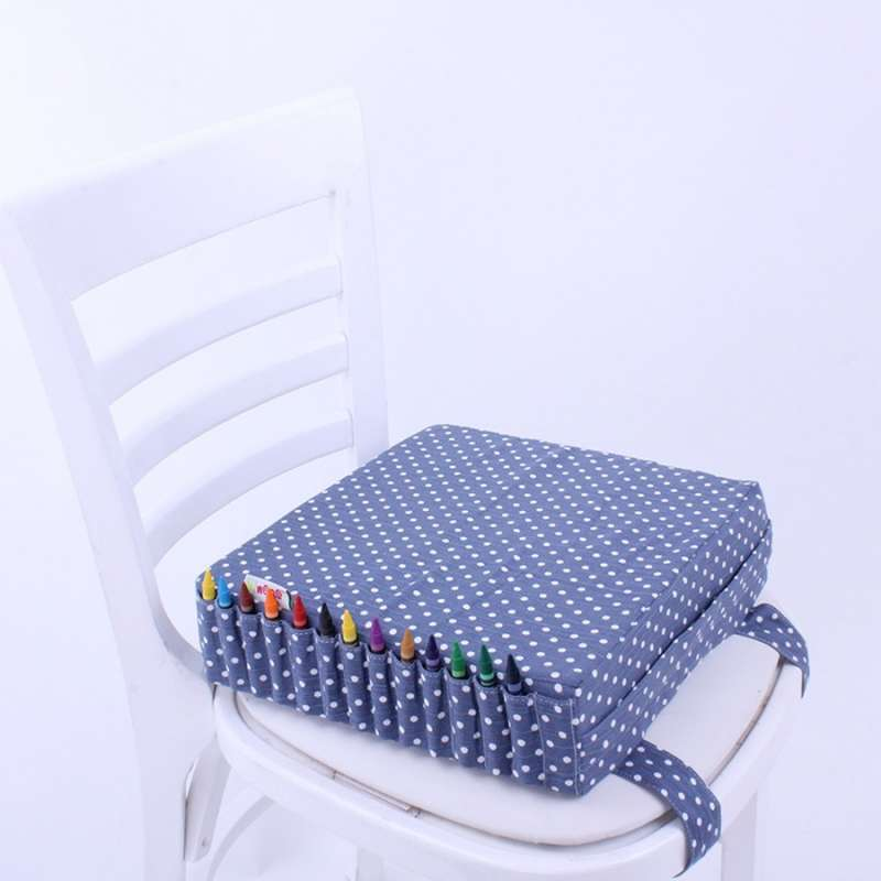 rehausseur de chaise bleu marine pois blancs