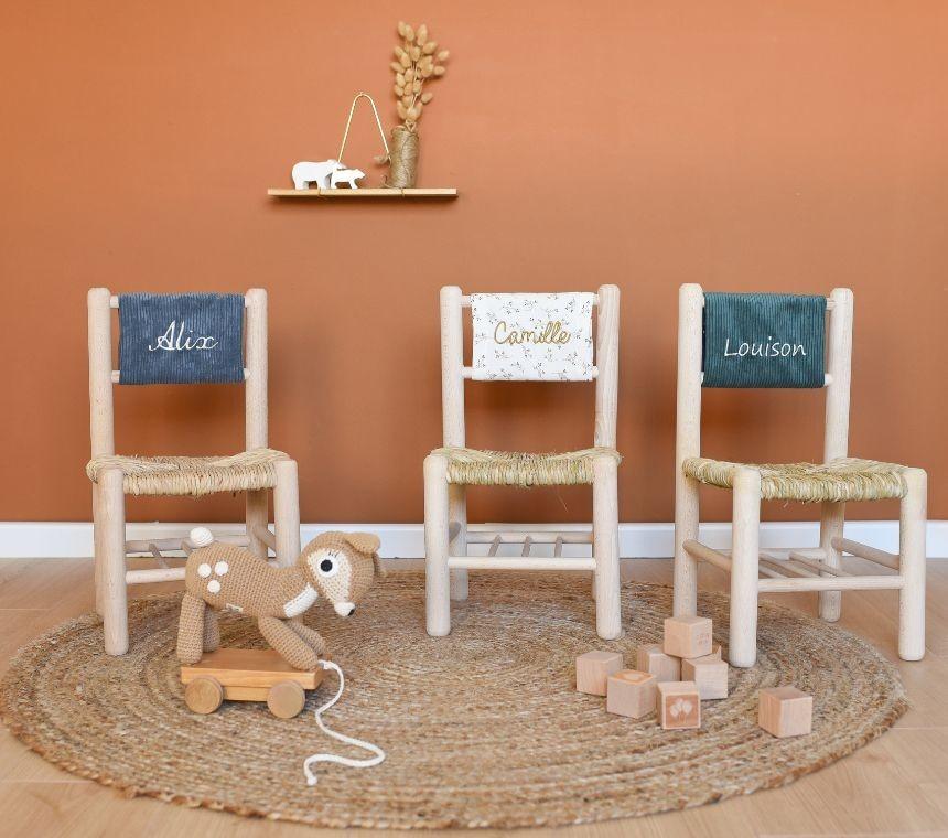 Chaises en paille personnalisables pour enfants